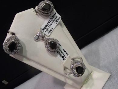 Сребърен комплект с оникс  с циркони