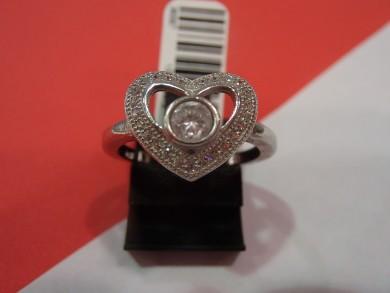 Сребърен пръстен с циркон сърце