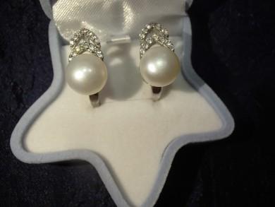 Сребърни обеци с естественни перли и циркони