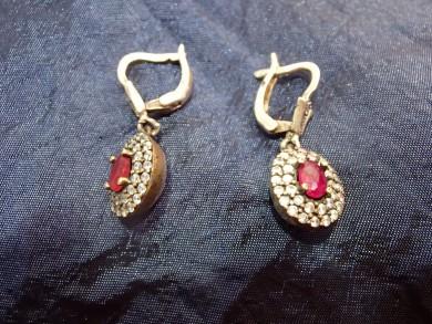 сребърни обеци позлатени с рубин и циркони