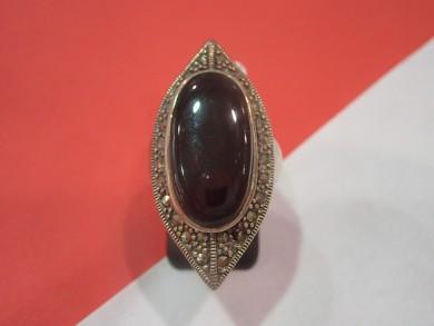 Сребърен пръстен с оникс и марказити