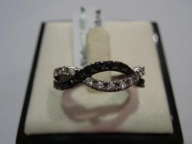 Сребърен пръстен с оникс и циркони