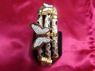 Гривна от медицинска стомана с кристали Сваровски