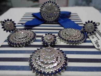 Сребърен комплект с сапфир и циркони