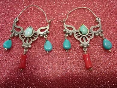 Антични Сребърни обеци с тюркоаз и корал