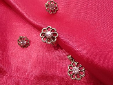 Сребърен комплек с розов циркон цвете