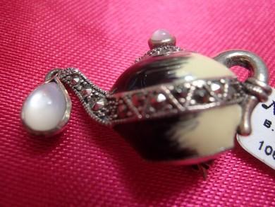 сребърна брошка с емаил