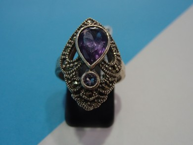 Сребърен пръстен с  аметист  и марказити